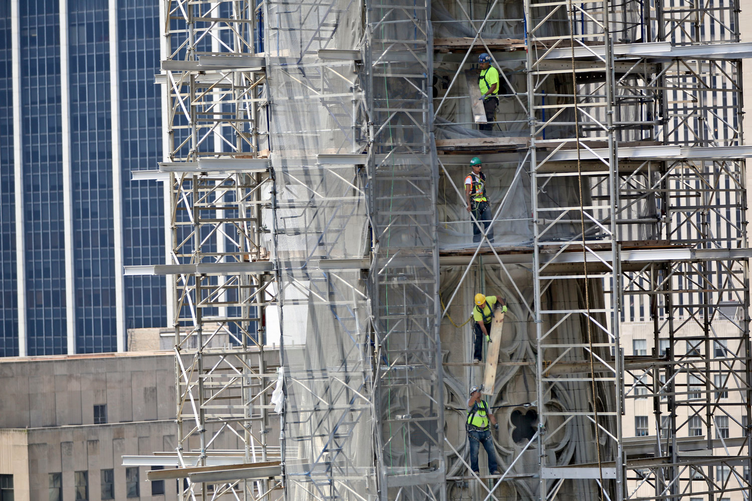 construction-workers-at-St.-Patricks-Cathedral-New-York-City