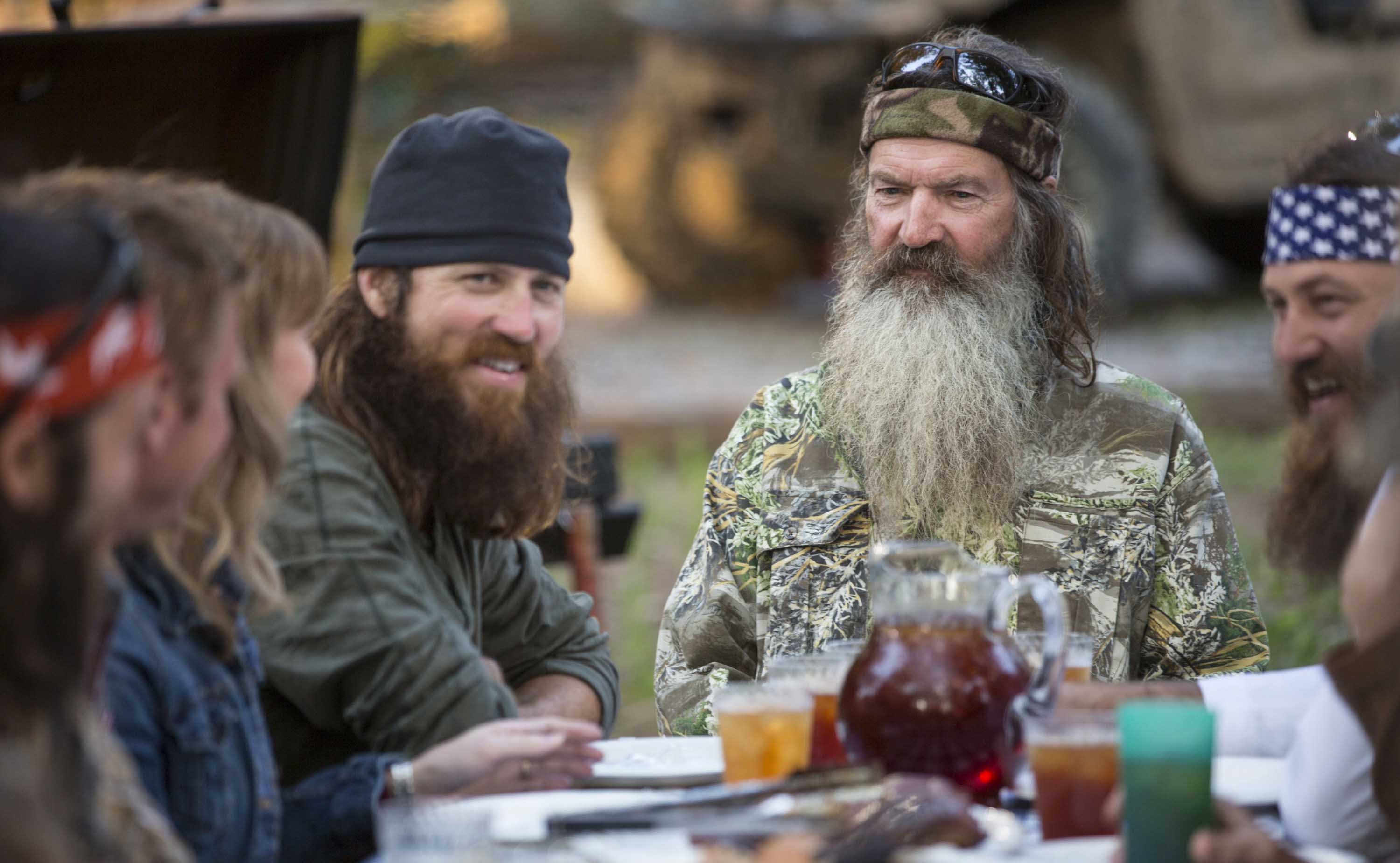 Duck dynasty and the fake outrage machine the nation for Jase robertson before duck dynasty