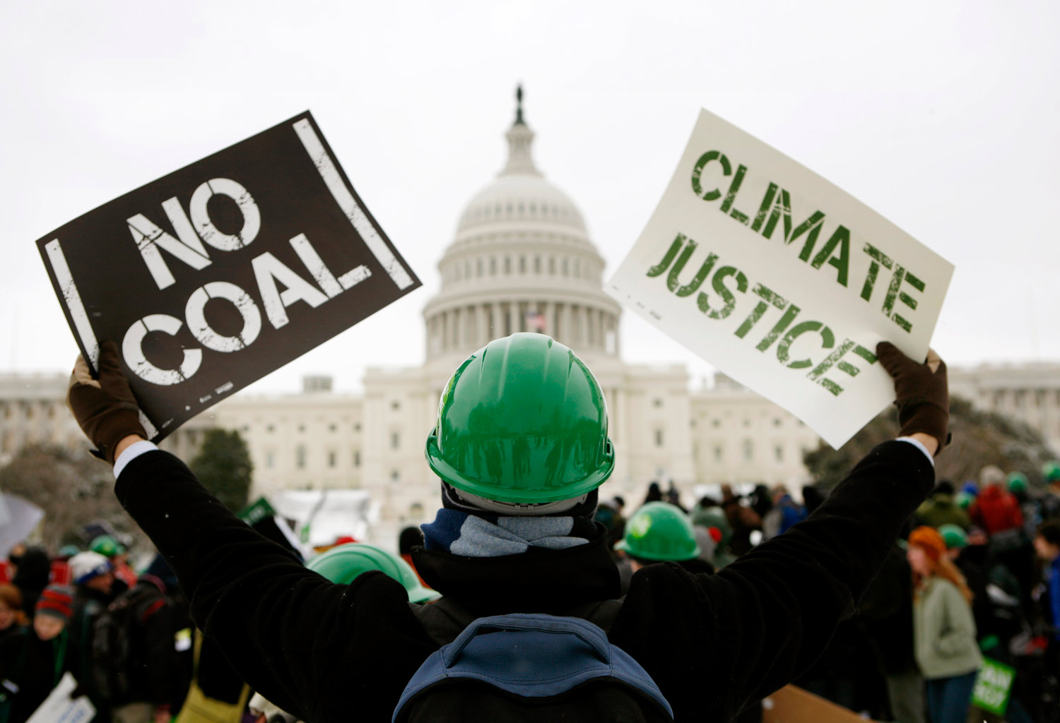 climate-marchers-in-Washington-D.C