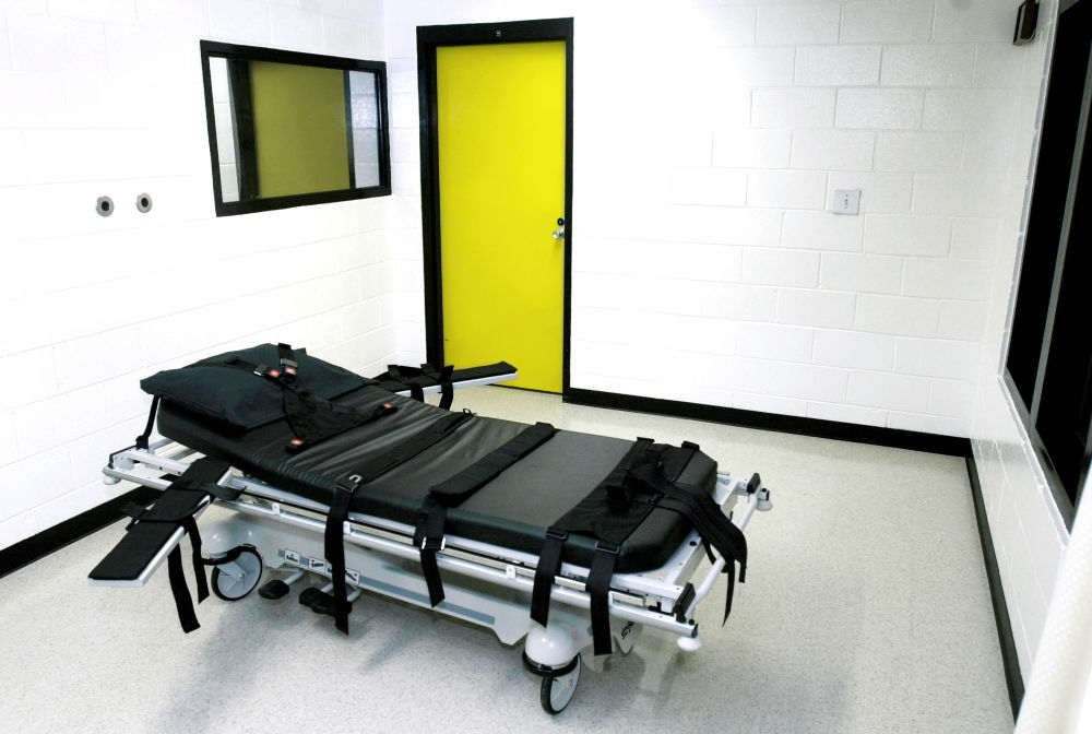 pemThis-2001-photo-shows-the-death-chamber-at-the-state-prison-in-Jackson-Georgia.-AP-PhotoRic-Feld-Fileemp