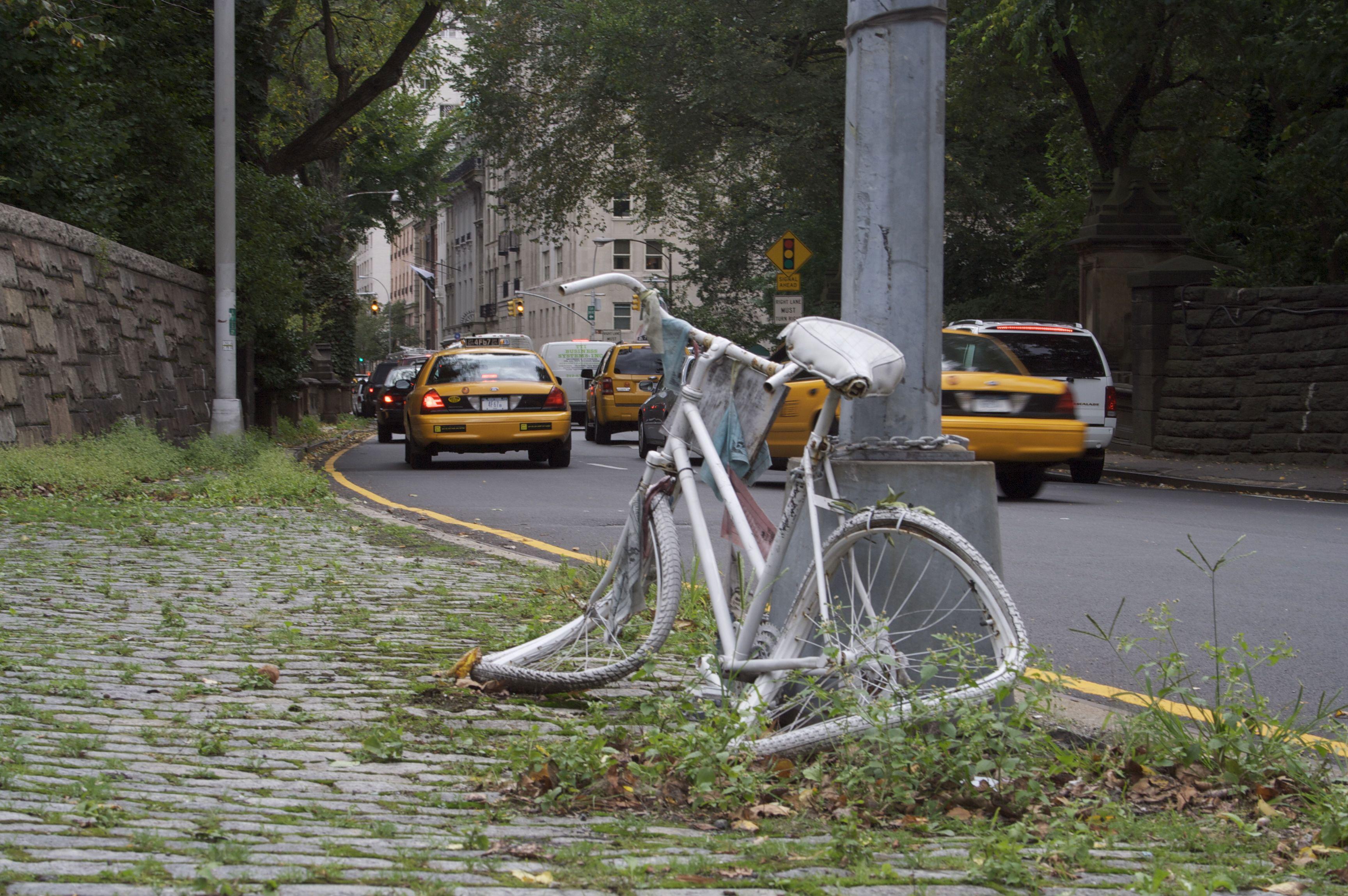 Ghost-Bike-Upper-East-Side-2009