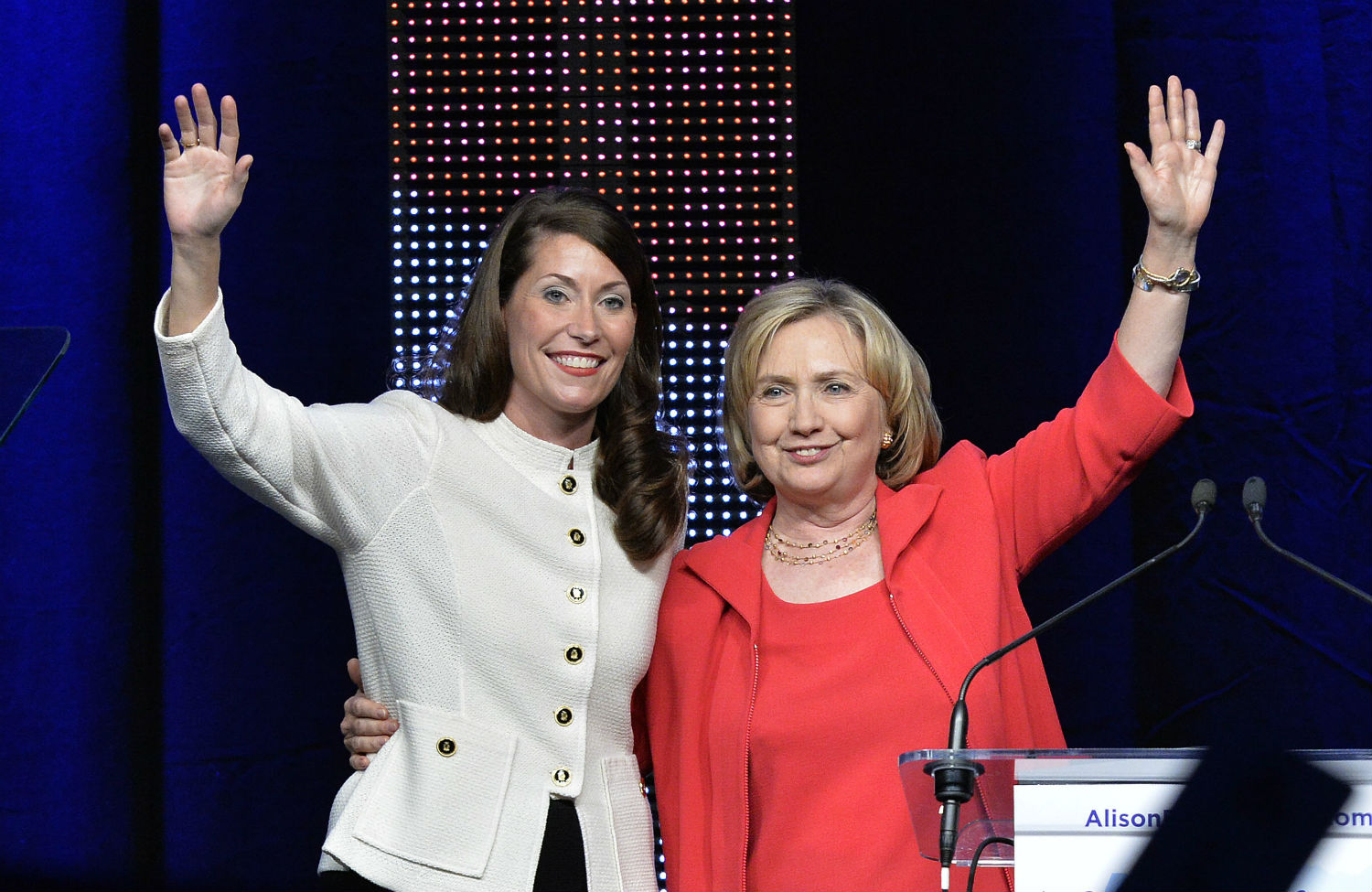 Alison-Lundergan-Grimes-and-Hillary-Clinton