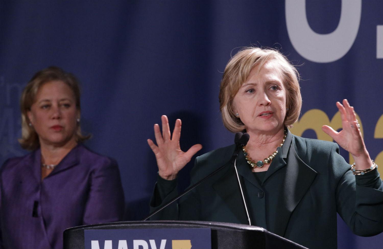 pHillary-Clinton-and-Landrieup