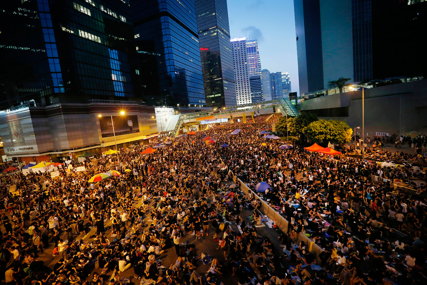 10000-Workers-Strike-in-Support-of-Hong-Kong's-Protests
