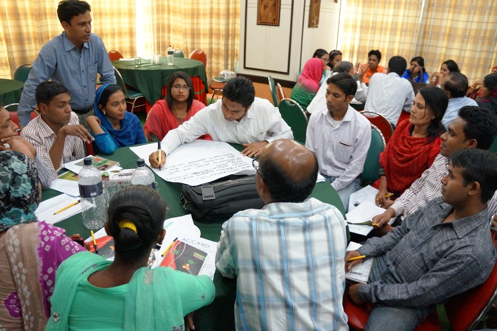 Meeting-in-Dhaka-of-the-IndustriALL-Bangladesh-Council