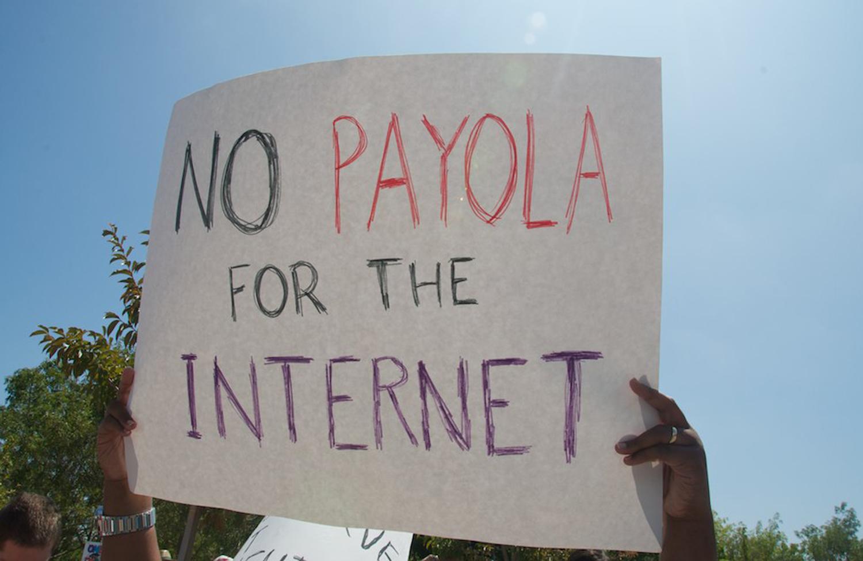 pA-demonstration-for-net-neutralityp