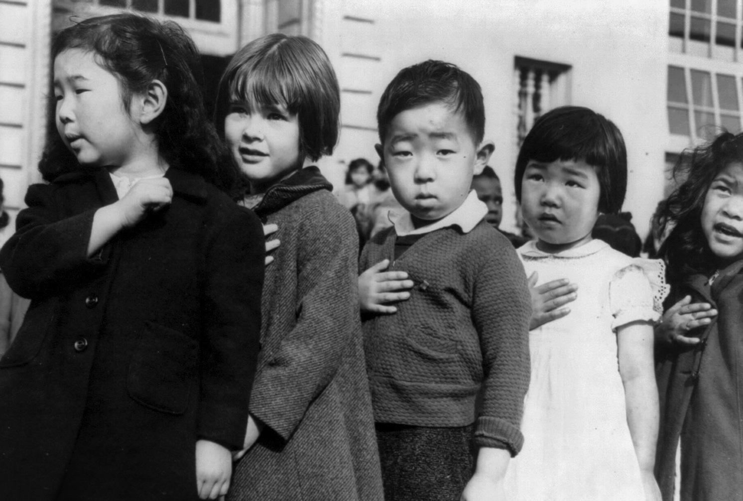 pJapanese-American-schoolchildrenp