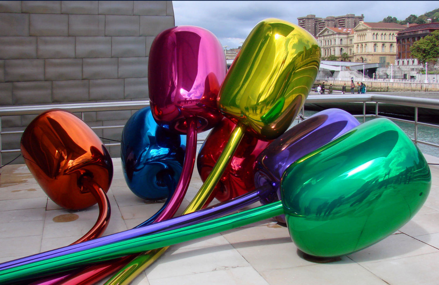 Arthur-Danto's-Critique-of-the-'Aesthetic-Terrorism'-of-Jeff-Koons