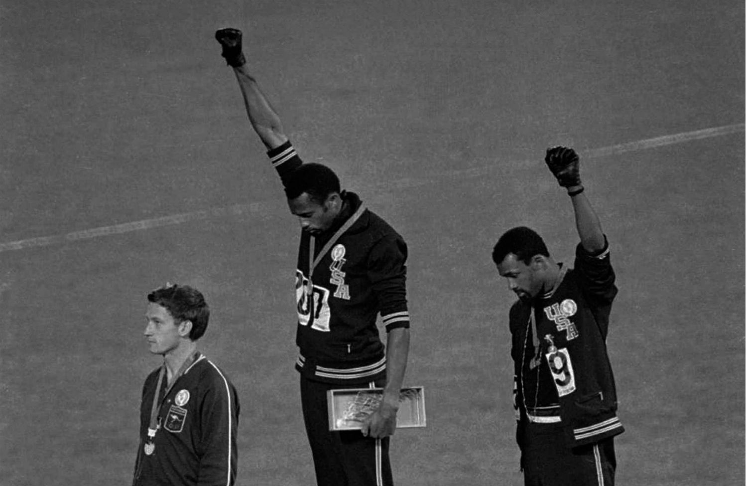 John-Carlos-Tommie-Smith-and-Peter-Norman-during-their-famous-protest-at-the-1968-Olympic-games-in-Mexico-City