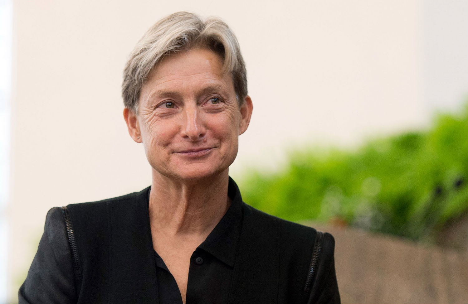 judith butler in media studies Judith butler's theory of performativity, introduced in her 1990 book gender trouble, has significantly shaped individual and collective understandings of gender this essay examines performativity as a framework for critically assessing gender performances in patriarchal workplace environments.