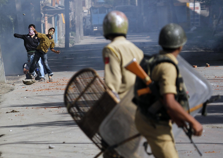 Kashmiri-protestors