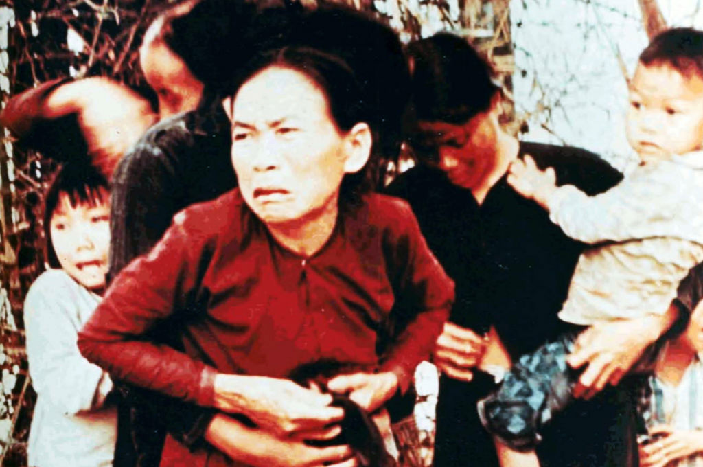 pVillagers-during-the-sexual-assault-and-massacre-at-My-Lai-Vietnam.nbspp