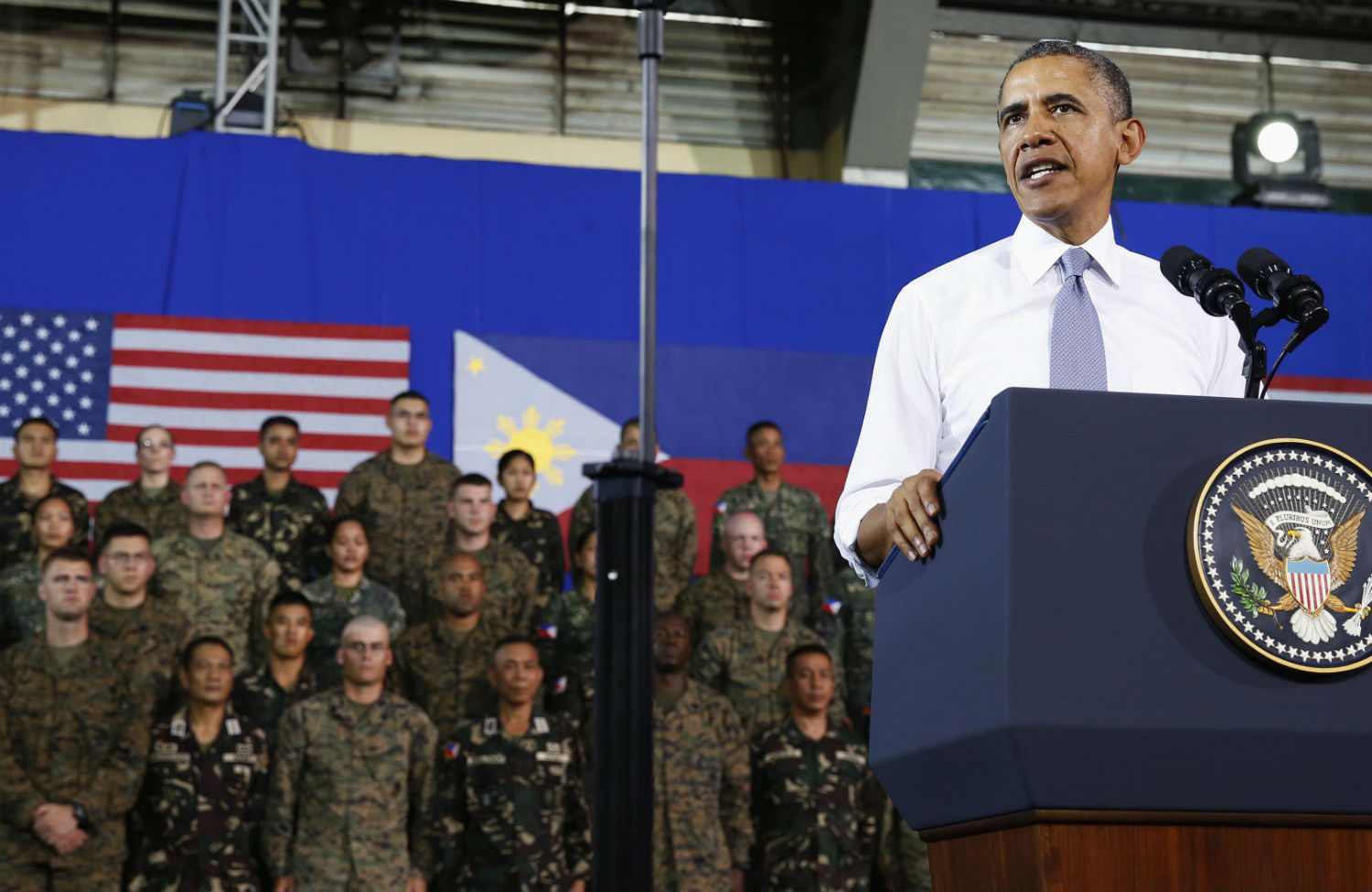 Obama-in-the-Philippines