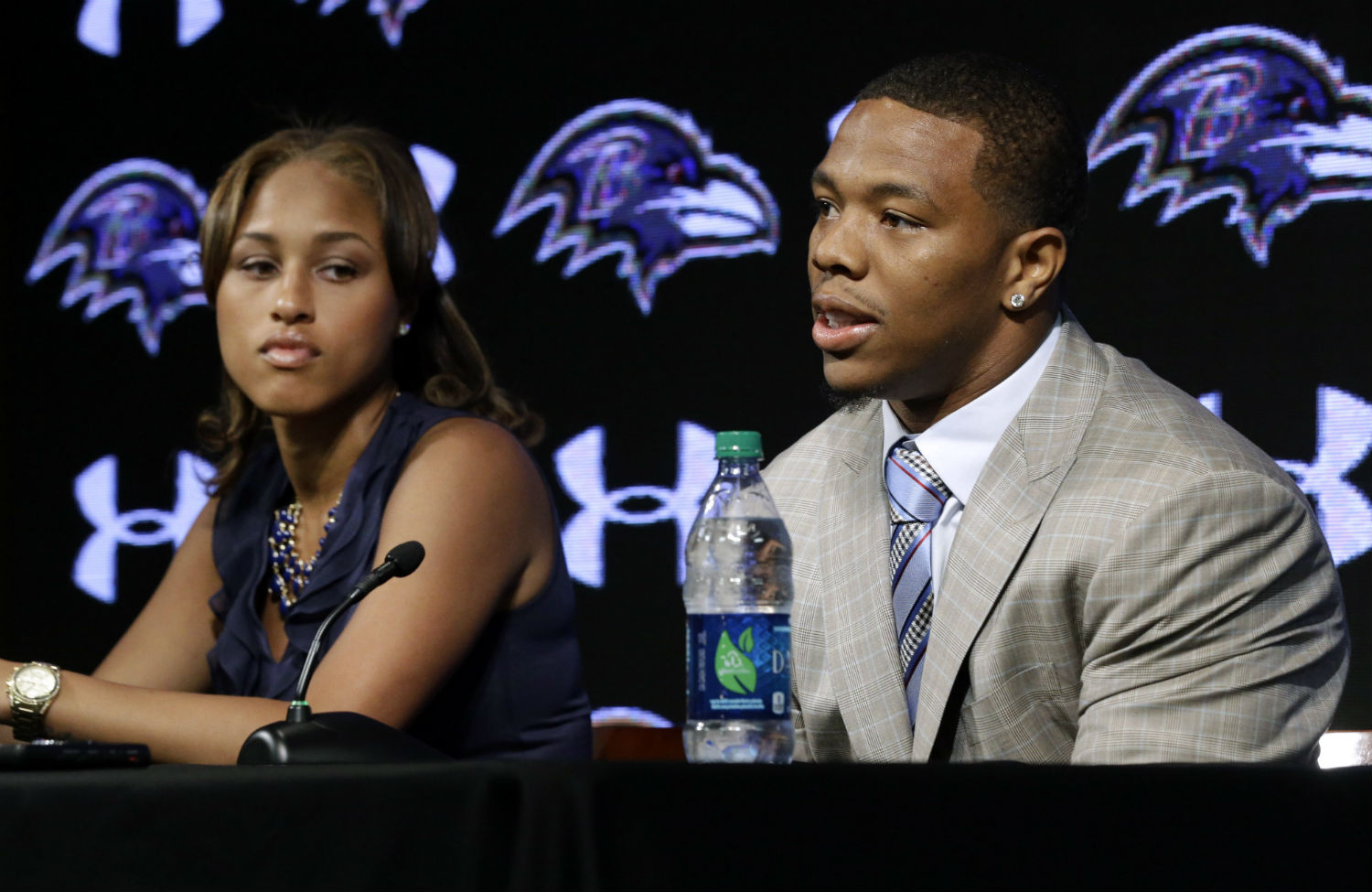 Baltimore-Ravens-running-back-Ray-Rice-speaks-to-the-media-with-Janay-Rice