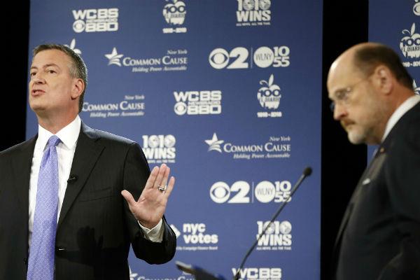 pemBill-de-Blasio-and-Joe-Lhota-at-their-second-of-three-mayoral-debates-Oct.-22-2013-in-New-York.-AP-Photo-Kathy-Willens-Poolemp