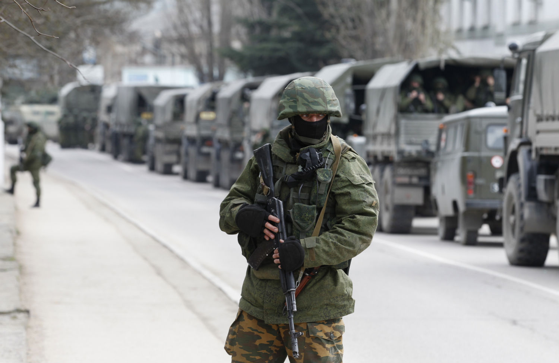 Soldier-in-Crimea