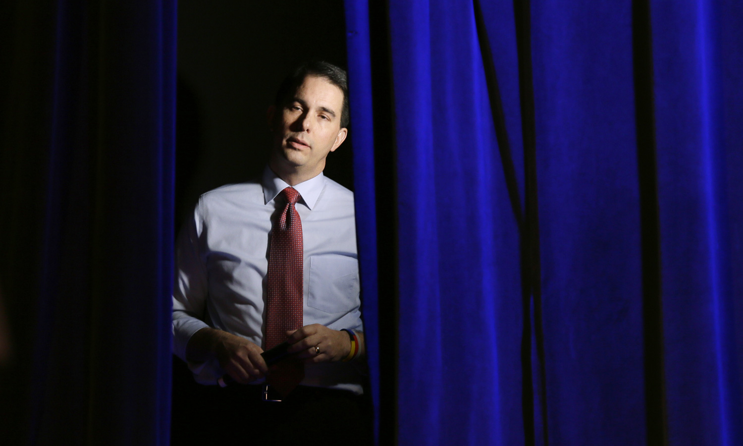 Scott-Walker-Objects-to-'the-Search-for-Truth'
