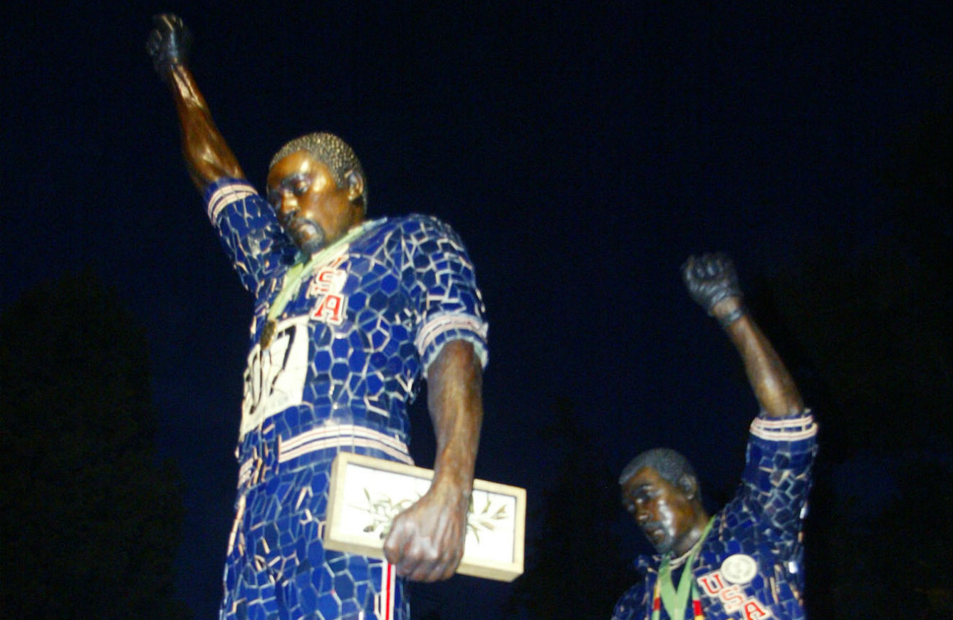 pA-statue-to-former-Olympians-Tommie-Smith-left-and-John-Carlos-rightp