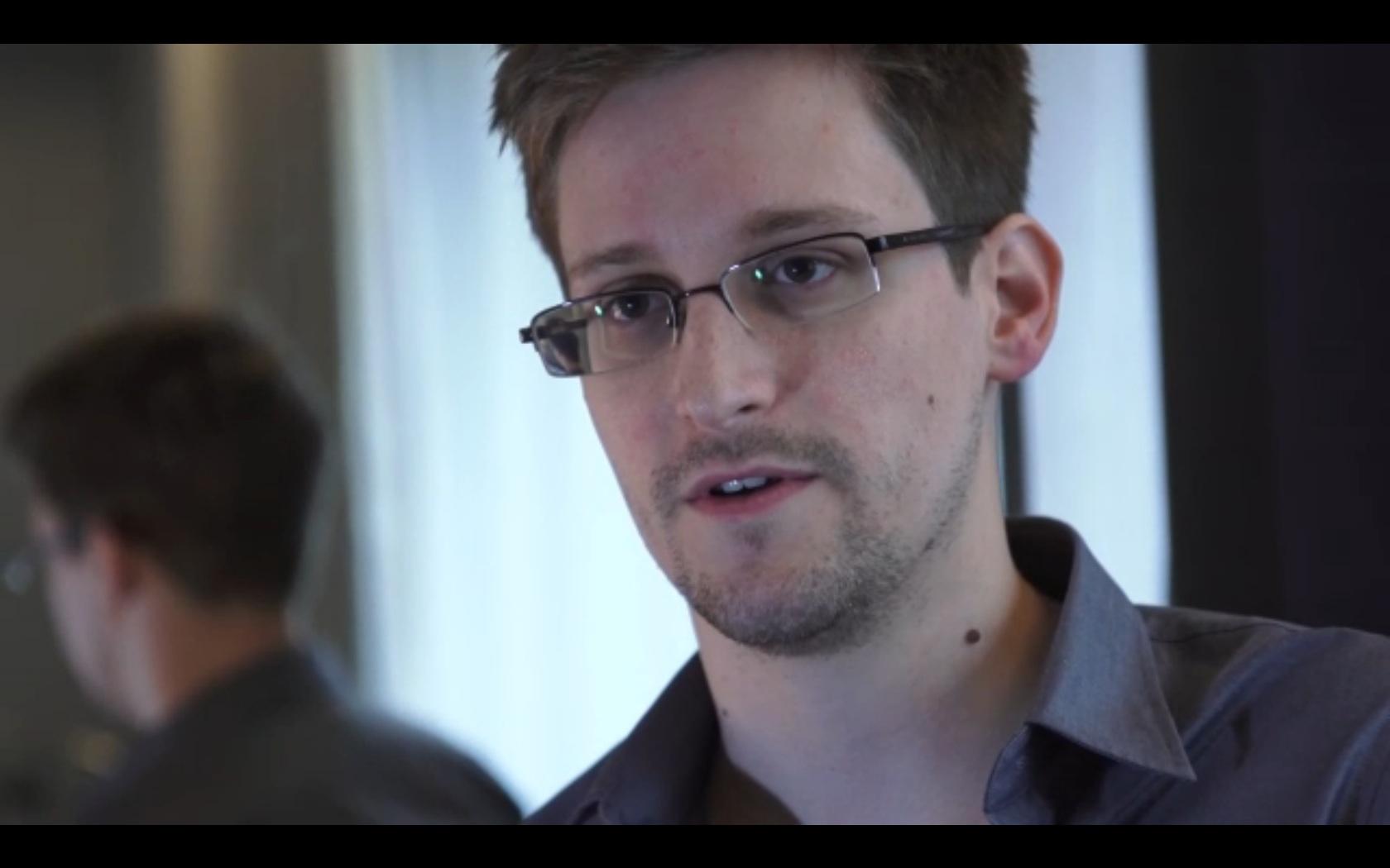 Edeward-Snowden