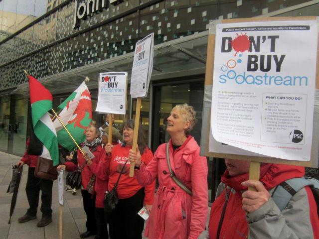 Palestine-Solidarity-Campaign-protests-SodaStream