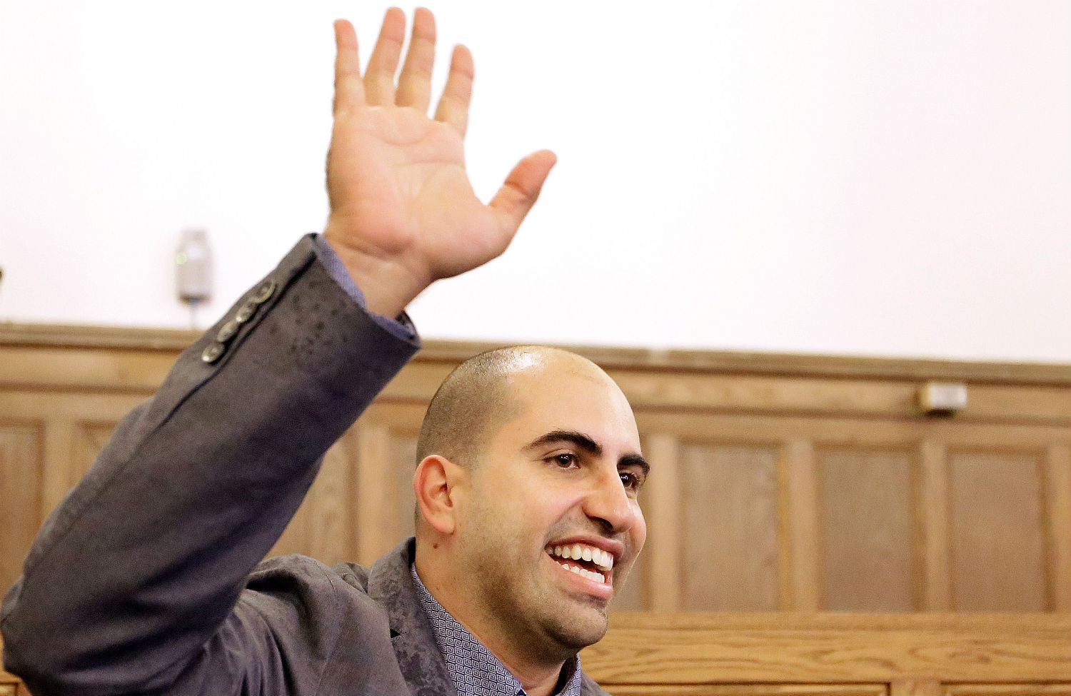 Steve-Salaita-a-professor-who-lost-his-job-offer-at-University-of-Illinois-at-Urbana-Champaign-speaks-at-a-press-conference.-AP-PhotoSeth-Perlman