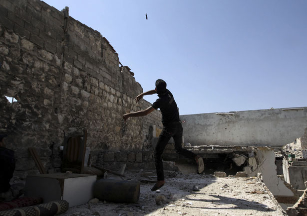 Syrian-rebel