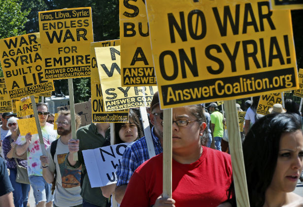 Protests against US intervention in Syria