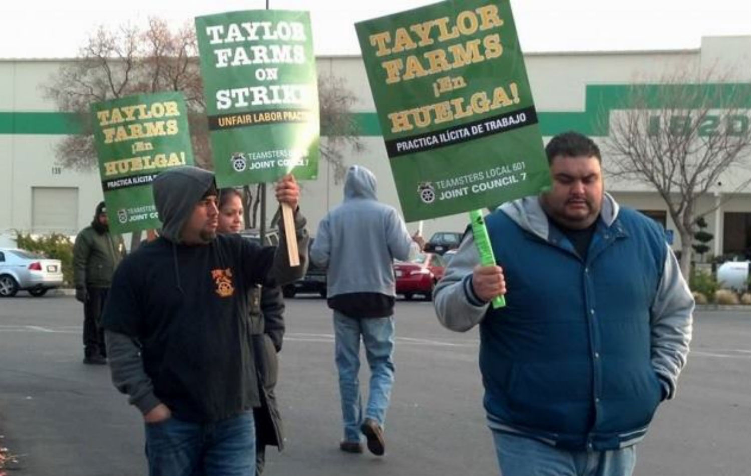 Taylor-Farms-workers-protest-unfair-labor-practices