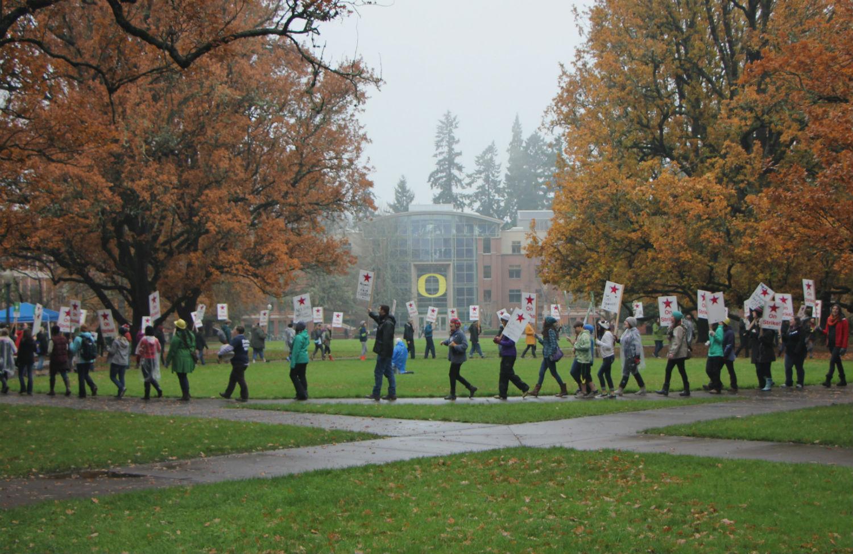 University-of-Oregon-graduate-student-picket-line