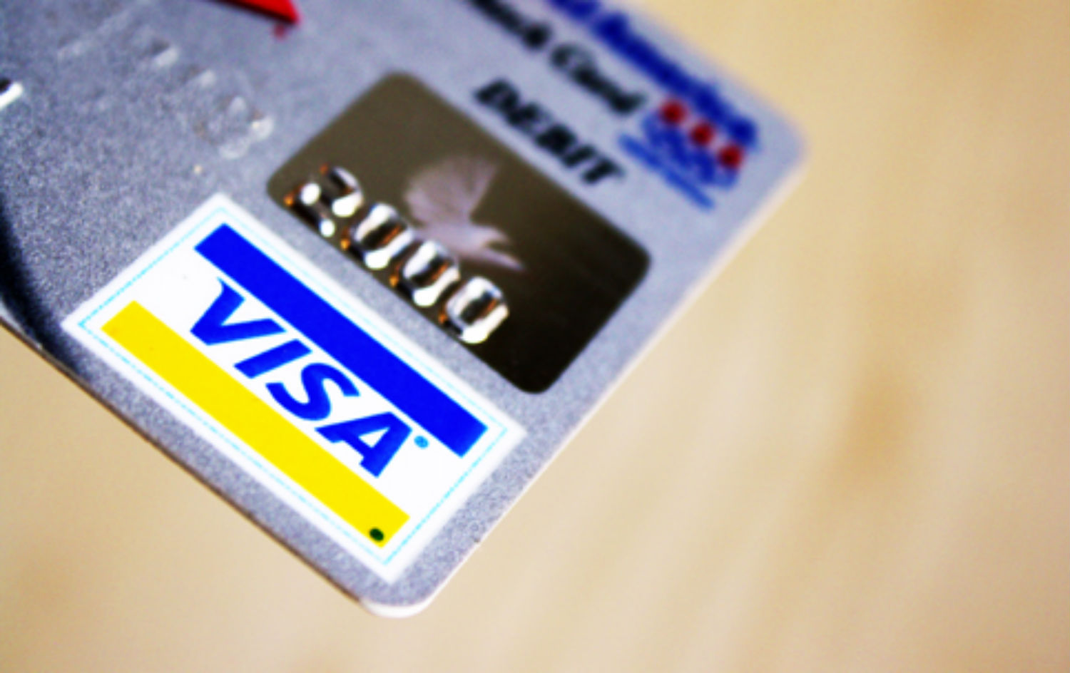pLenders-are-offering-Visa-giftcards-to-stop-quotreckless-regulators.quot-Courtesy-of-Flikr-user-moneyblognewz.-CC-2.0p