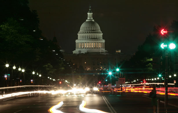 pemTraffic-moves-down-Pennsylvania-Avenue-with-the-U.S.-Capitol-building-in-the-background-in-Washington.-Reutersemp