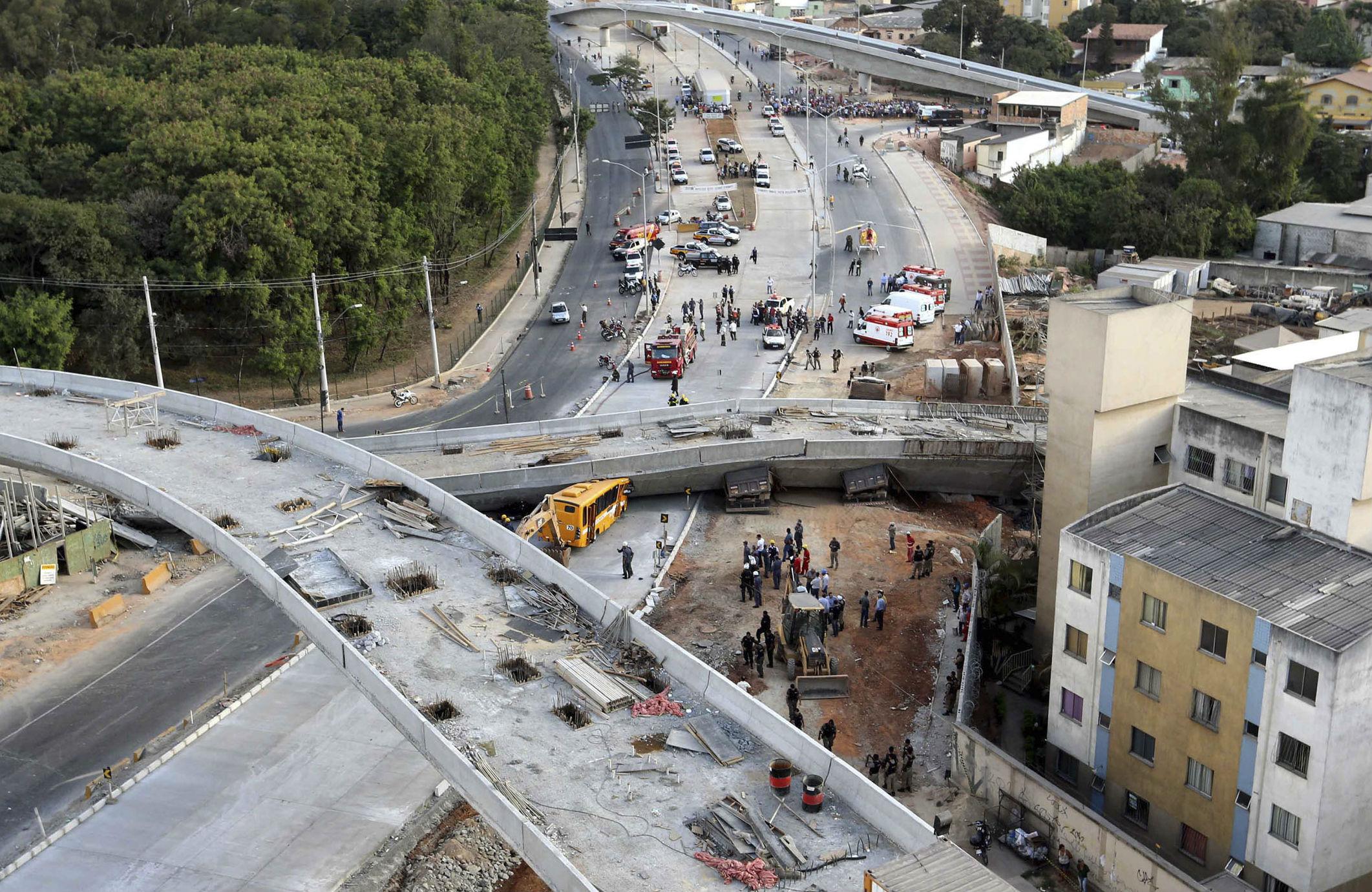 Brazil-overpass-collapse