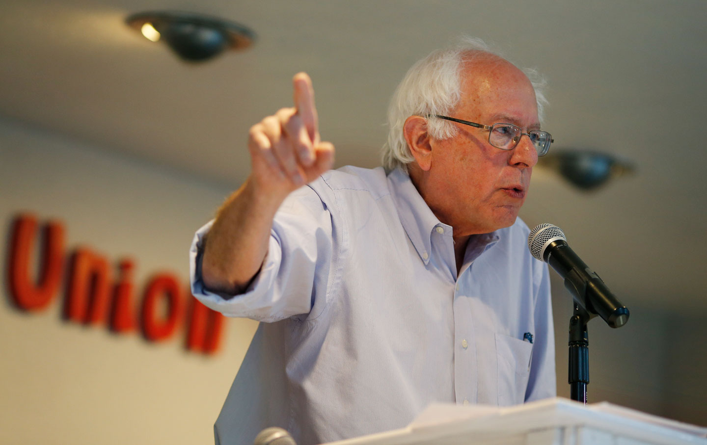 Bernie-Sanders-Readies-a-'Which-Side-Are-You-On'-Presidential-Bid