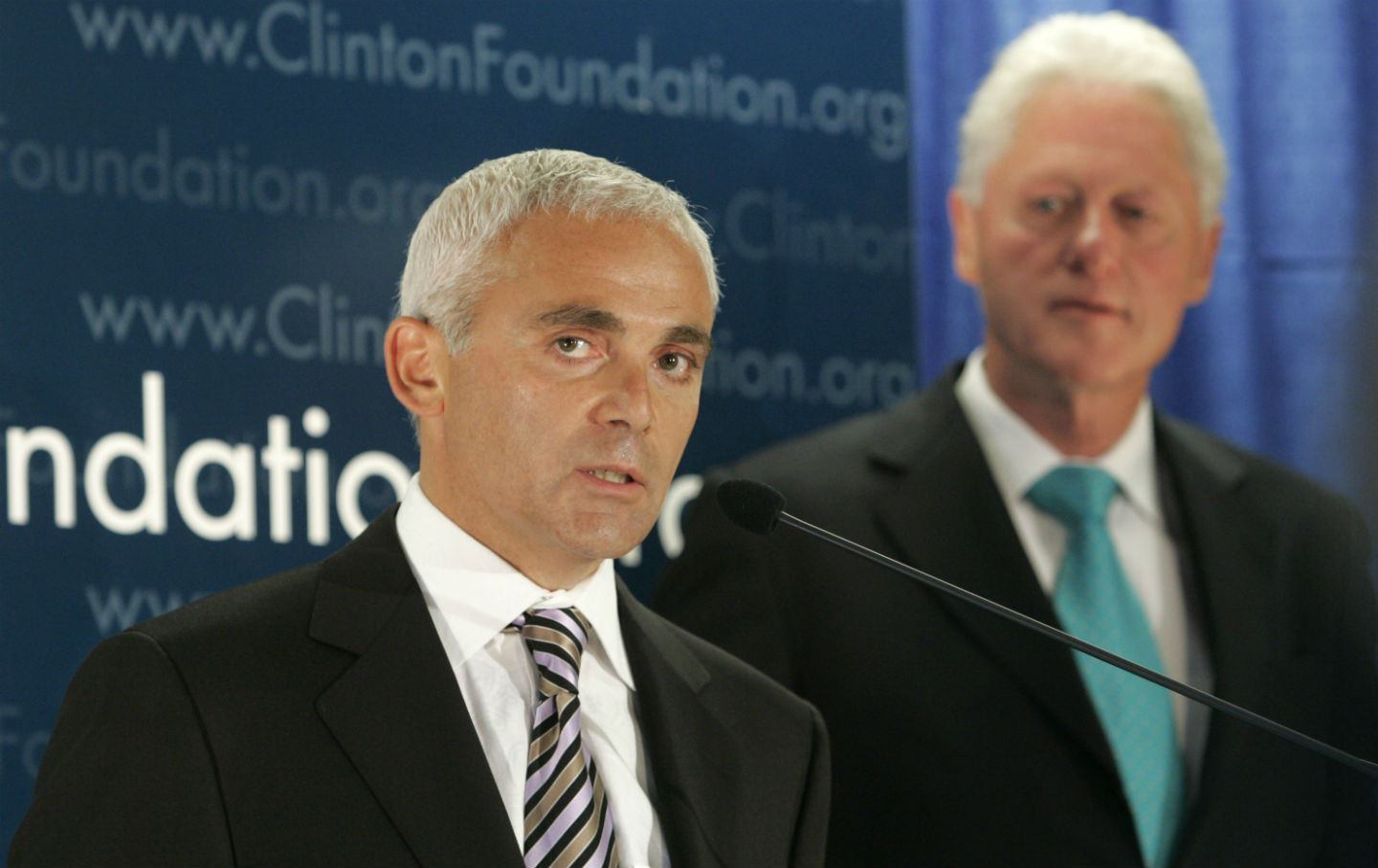 Frank-Giustra-and-Bill-Clinton