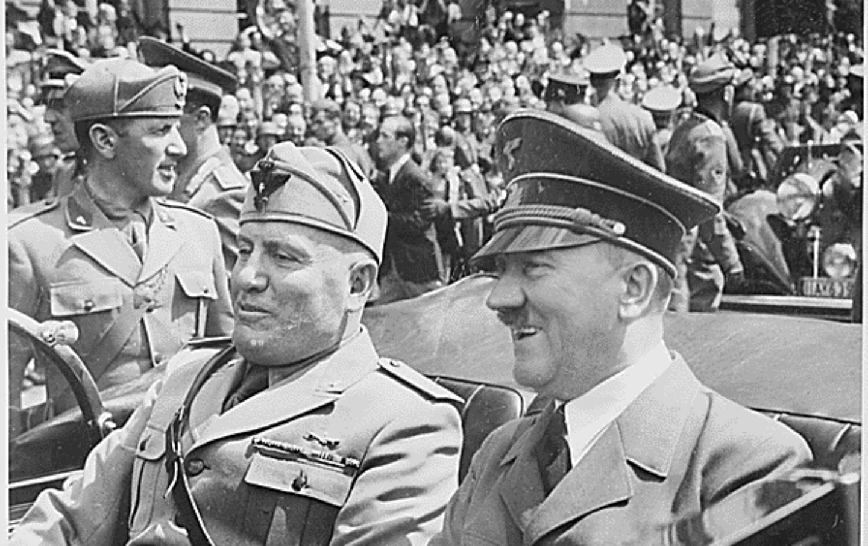 pAdolph-Hitlerp