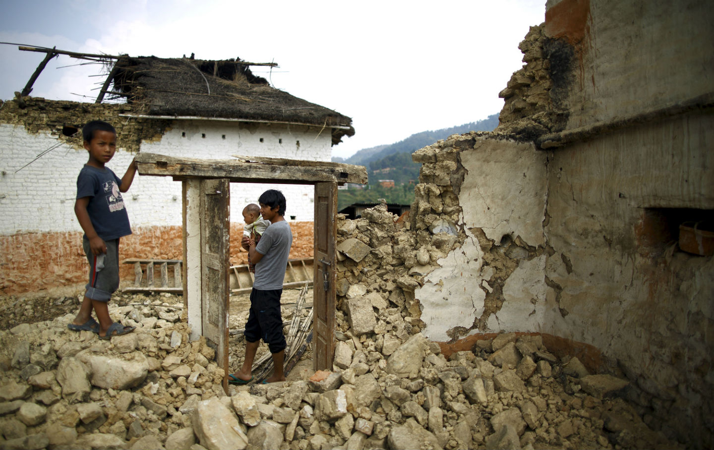 Earthquake-victims-in-Nepal