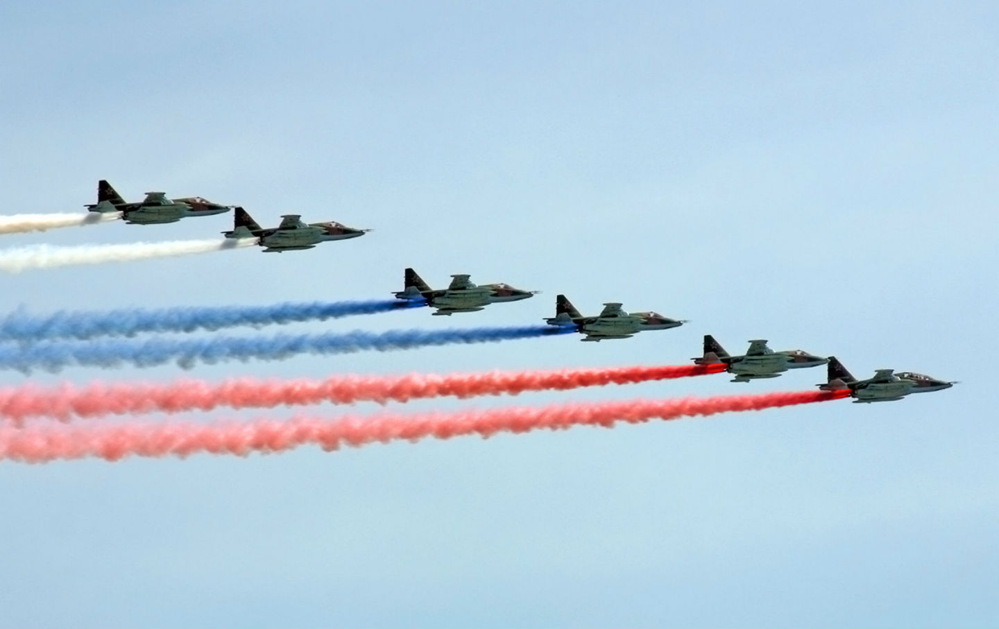 Russian-fighter-jets-celebrate-Victory-Day