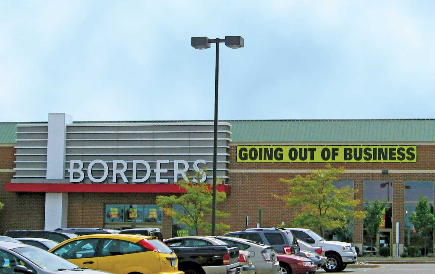 Borders-store-closing-Pittsfield-Township-Michigan-August-2011