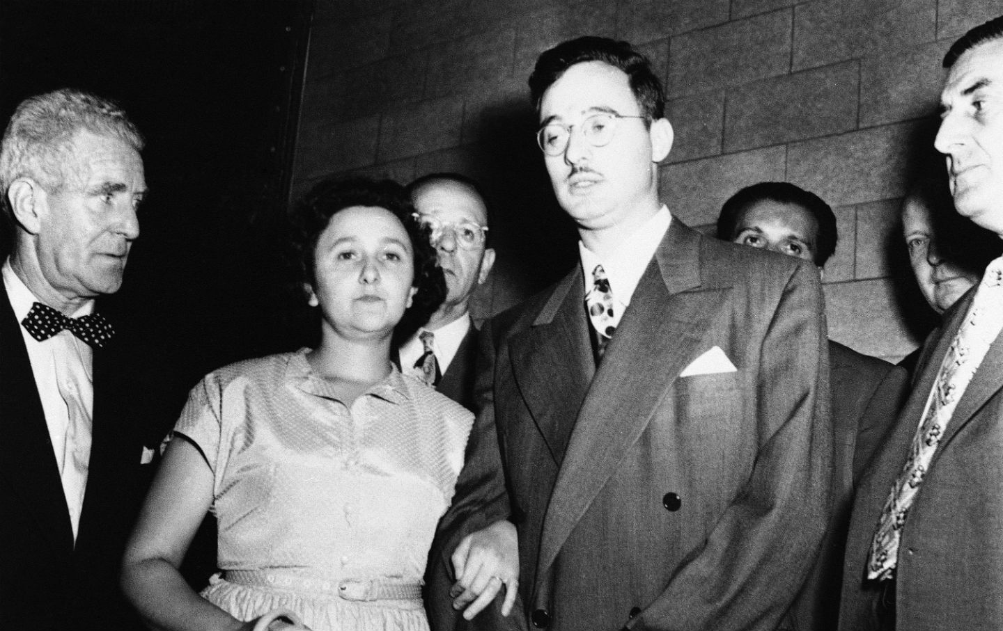 the execution of the rosenbergs Washington, june 19, 1953 (up) - atom spies julius and ethel rosenberg lost their fight for life in the supreme court today the nation's highest tribunal canceled the stay of execution.