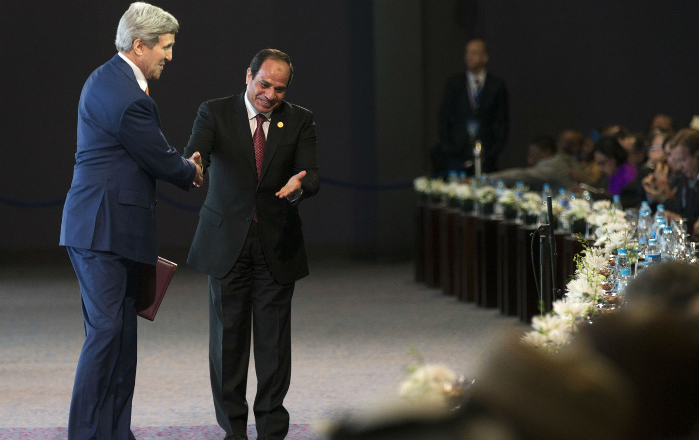 John-Kerry-and-Abdel-Fattah-el-Sisi