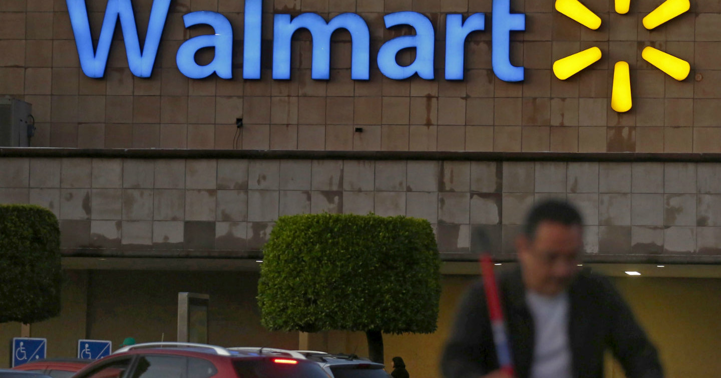 Despite a Raise, Walmart Wages & Schedules Still Aren't Livable