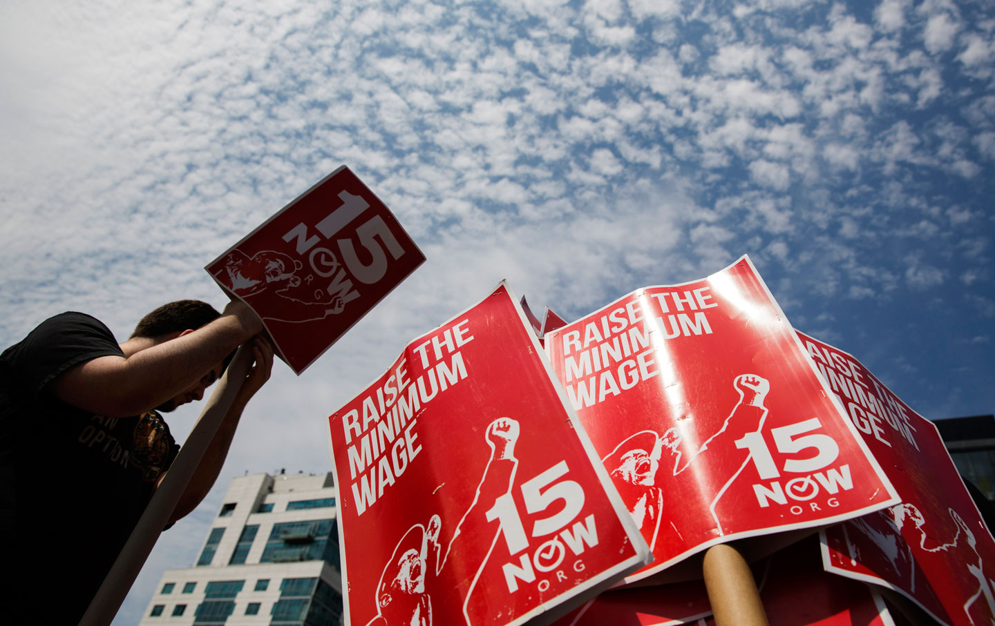 New York Fast-Food Workers Win Their Fight for $15