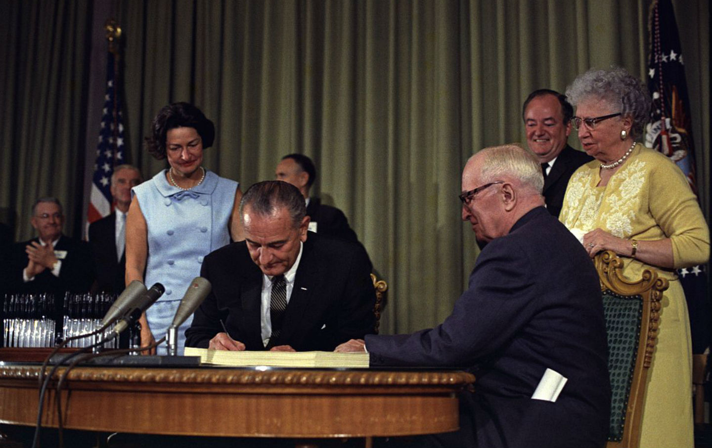 lyndon_johnson_medicare_signing_gov_img