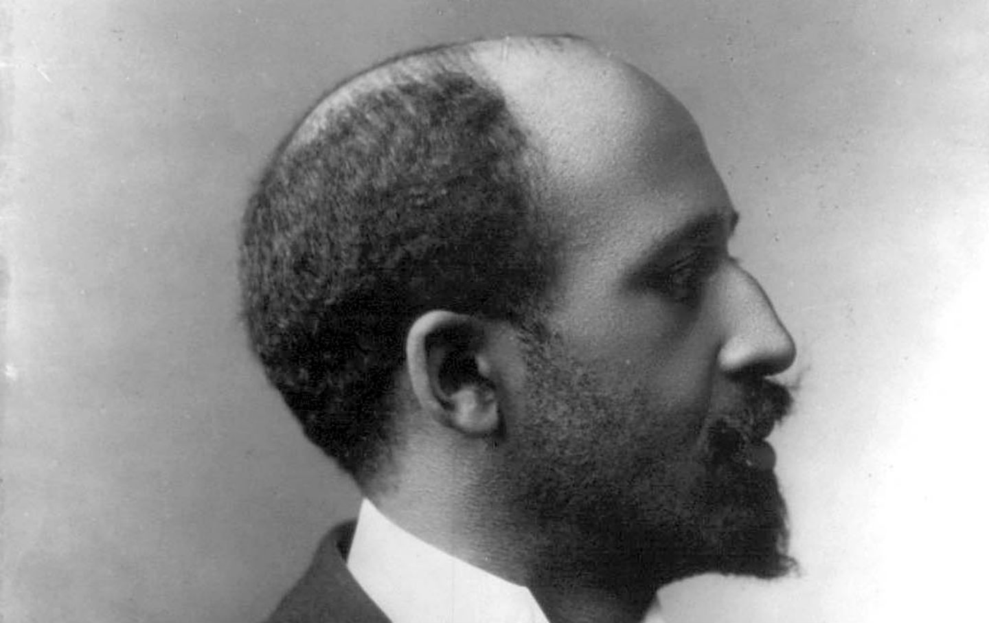 dubois essay w.e.b Free essay: booker t washington and web dubois offered different strategies for dealing with the problems of poverty and discriminations faced by black.