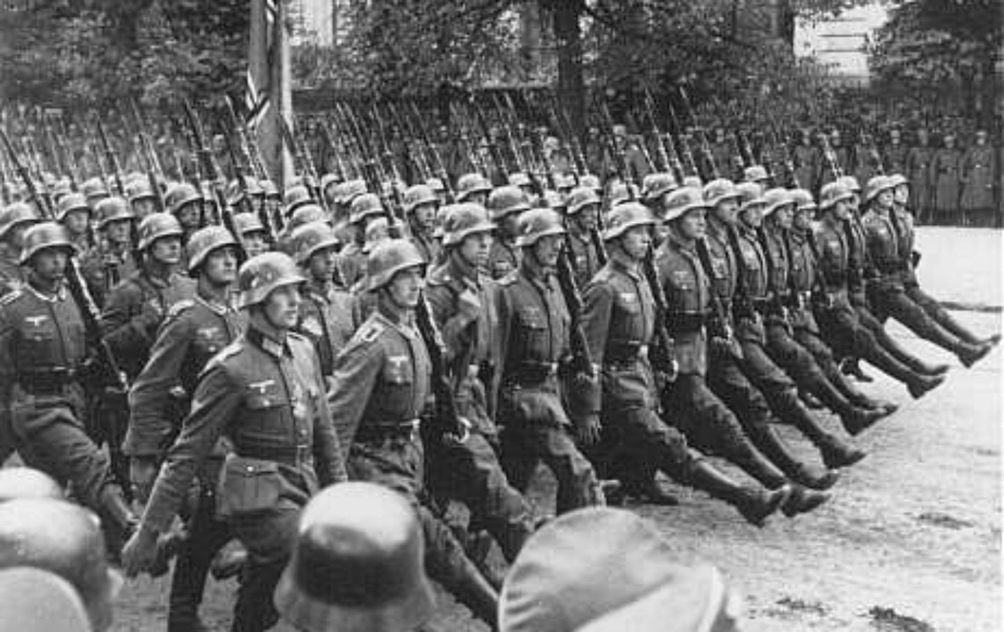germanys invasion of poland and the beginning of wold war ii Invasion of poland, fall 1939  the polish army was defeated within weeks of the invasion from east prussia and germany in the north and  world war ii in.
