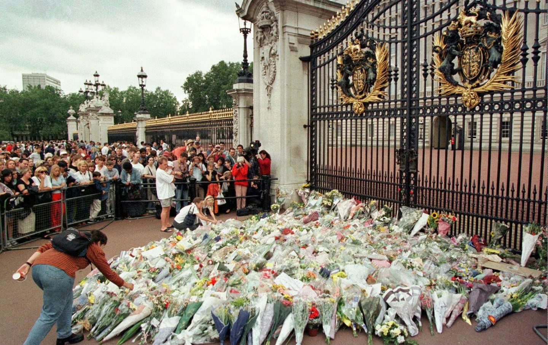 august 31 1997 diana princess of wales dies in a car