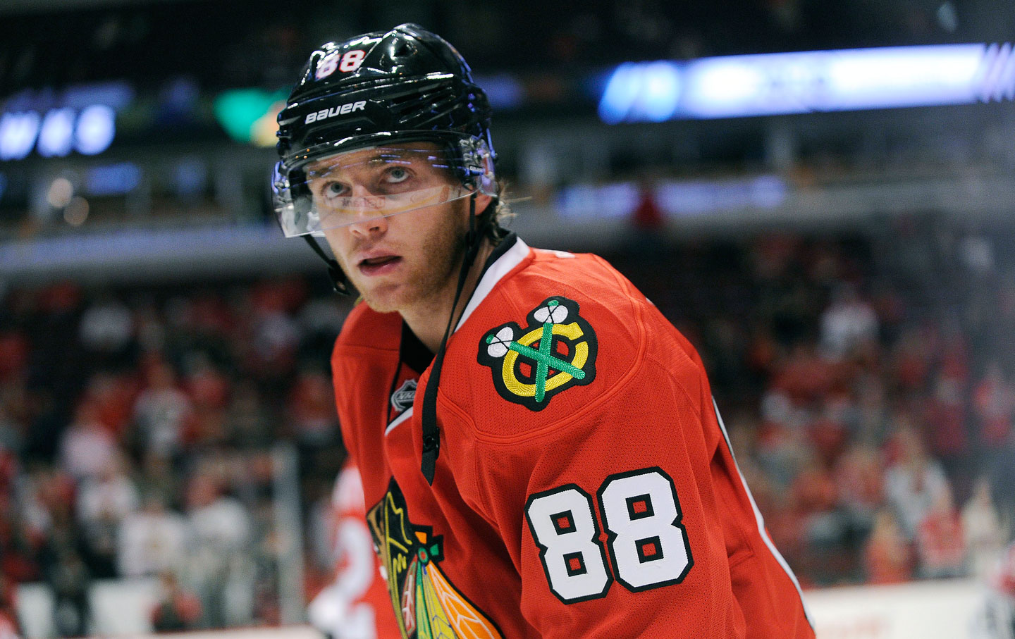 Patrick Kane earned a 6.5 million dollar salary, leaving the net worth at 31.5 million in 2017