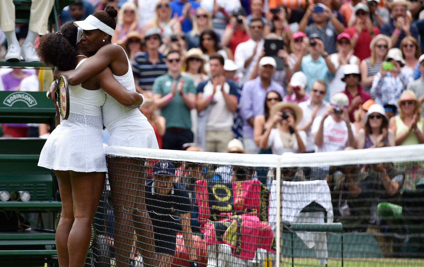 Venus_Serena_Williams_rtr_img