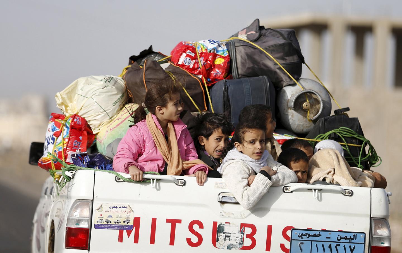 Refugees fleeing Sana