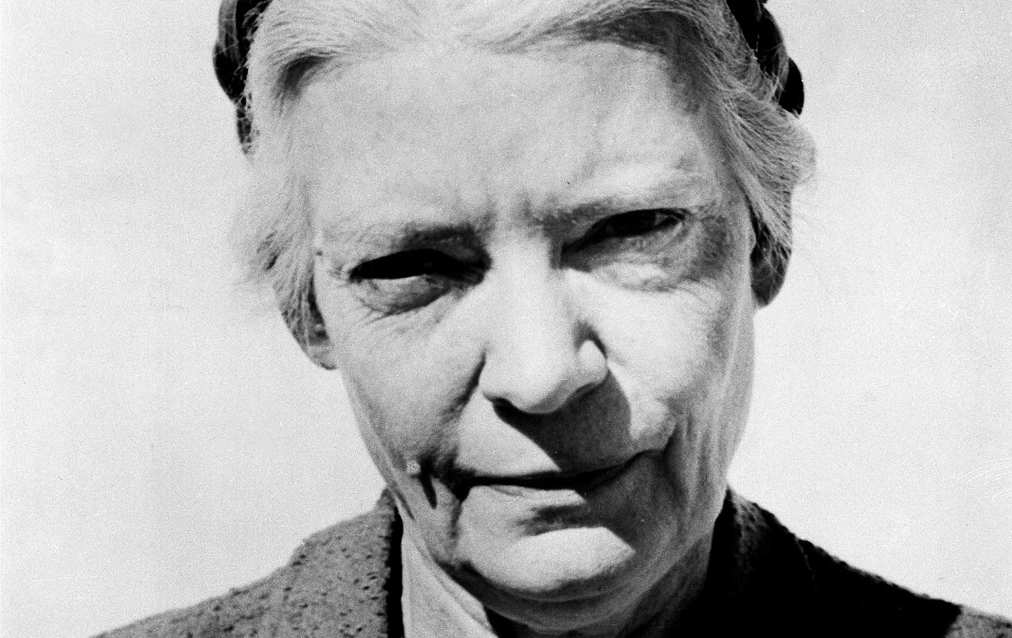 dorothy day Catholic worker houses are an outreach of the catholic worker movement, an  effort begun in 1933 by journalist dorothy day and philosopher.